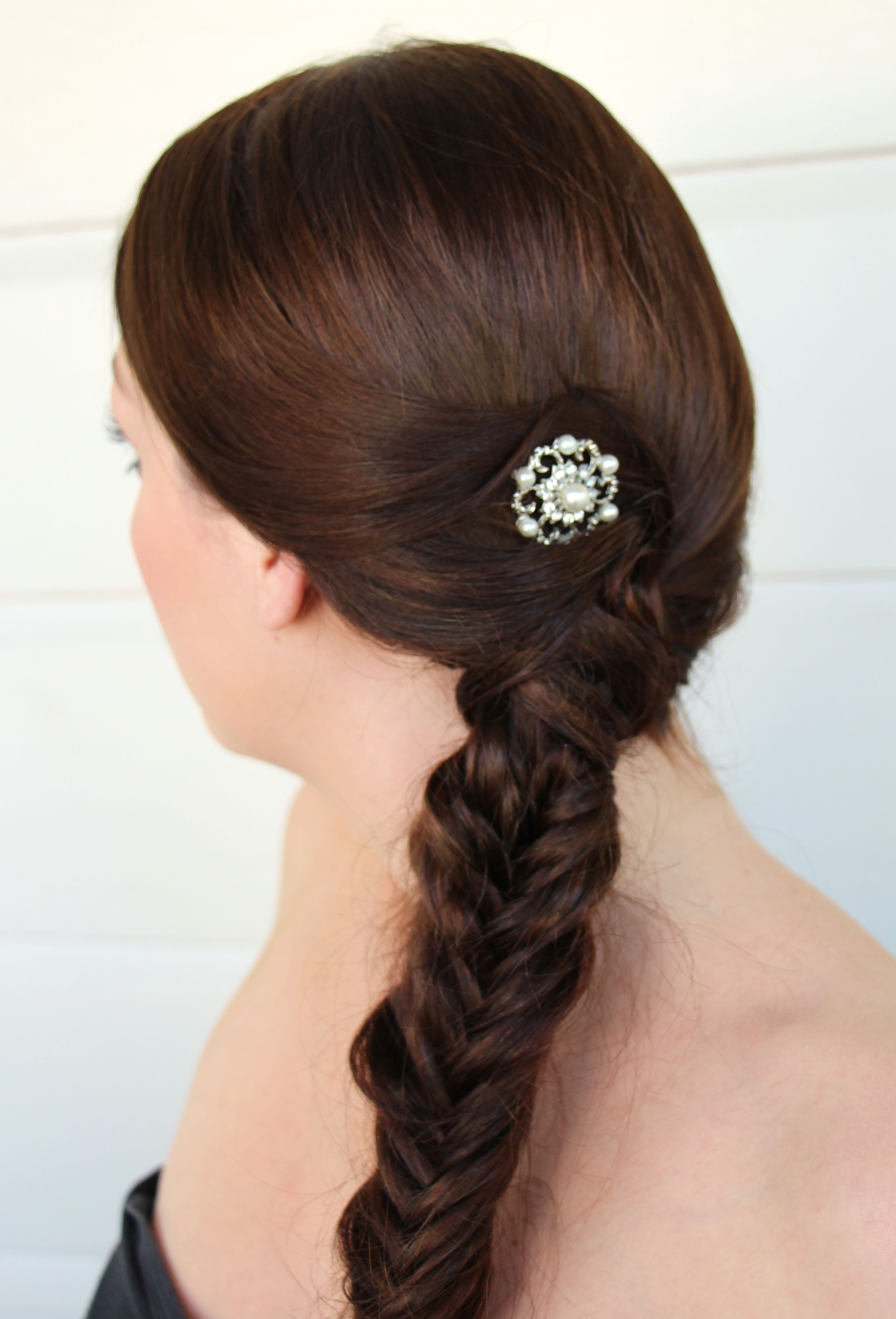 WEDDING DAY HAIR: ELEGANT FISHTAIL BUN HOW TO images