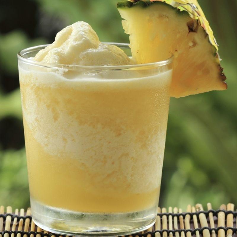 A Refreshing pineapple frozen yogurt smoothie recipe. This is a healthy breakfast alternative.. Pineapple Frozen Yogurt Smoothie Recipe from Grandmothers Kitchen.