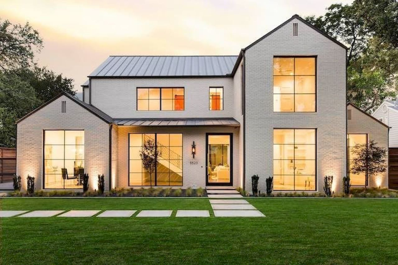 21 Awesome Modern Farmhouse Exterior Design Ideas Modern Farmhouse Exterior Dream House Exterior Farmhouse Exterior