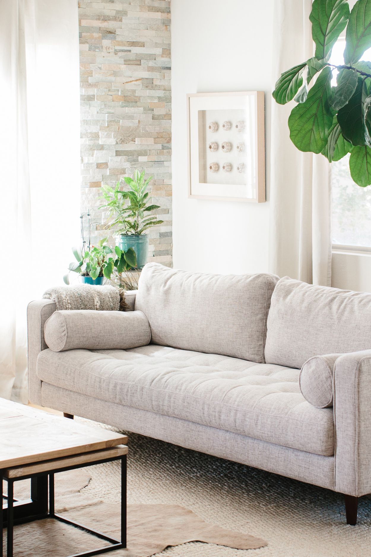 You get good design comfort quality and price all in one sofa plus its shipped to your door and you have