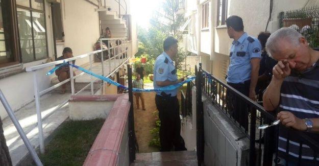 Darıca'da bir evde 3 kişi ölü bulundu