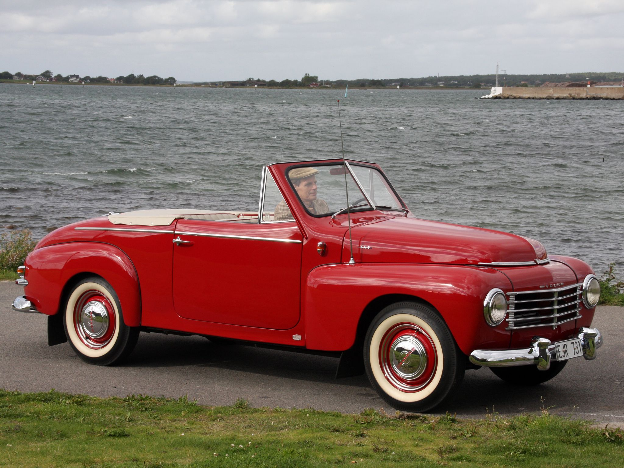 1950 volvo pv444 445 cabriolet convertible volvo pinterest volvo convertible and cars. Black Bedroom Furniture Sets. Home Design Ideas