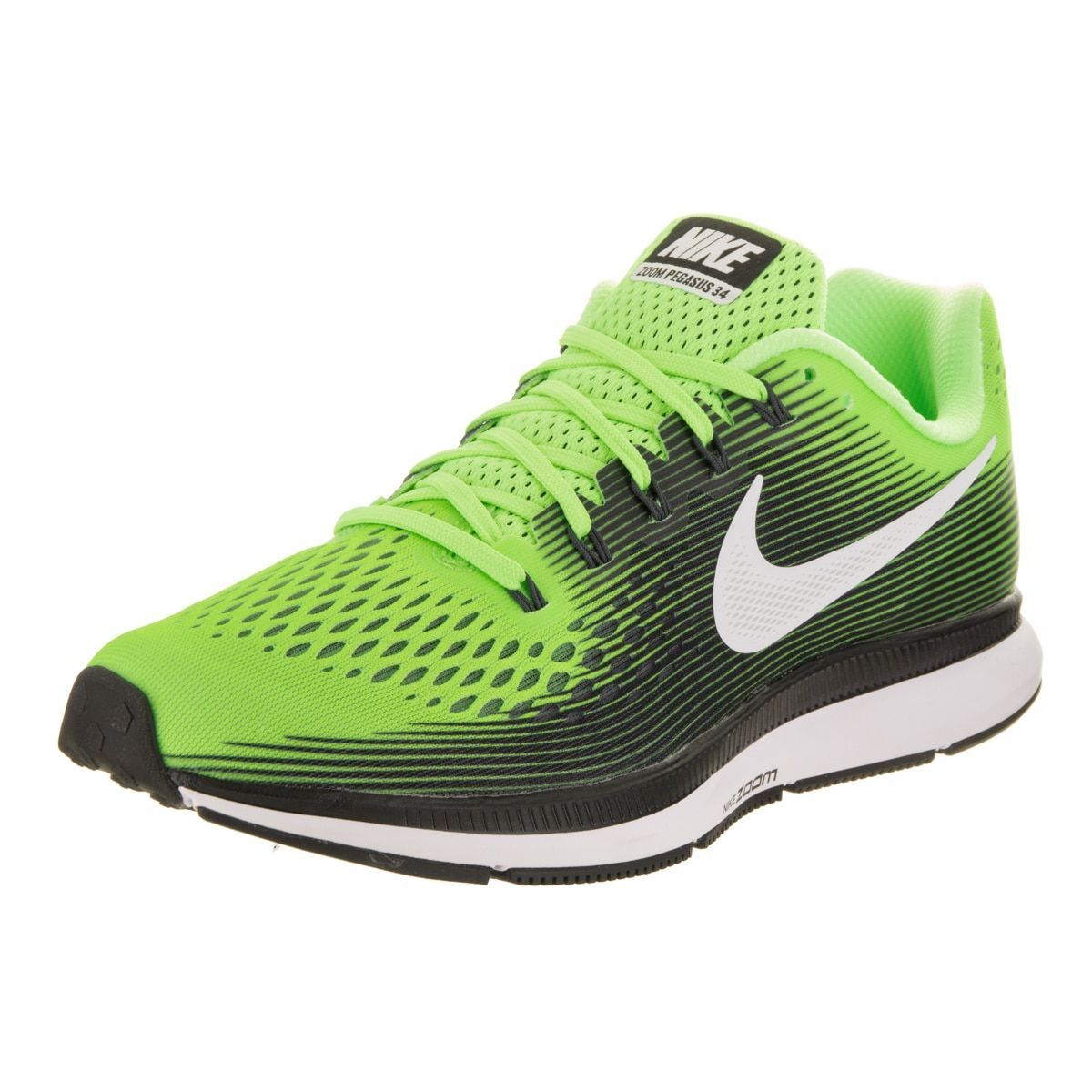 Rise above any ordinary run in the updated Nike Air Zoom Pegasus 34 running  shoe.