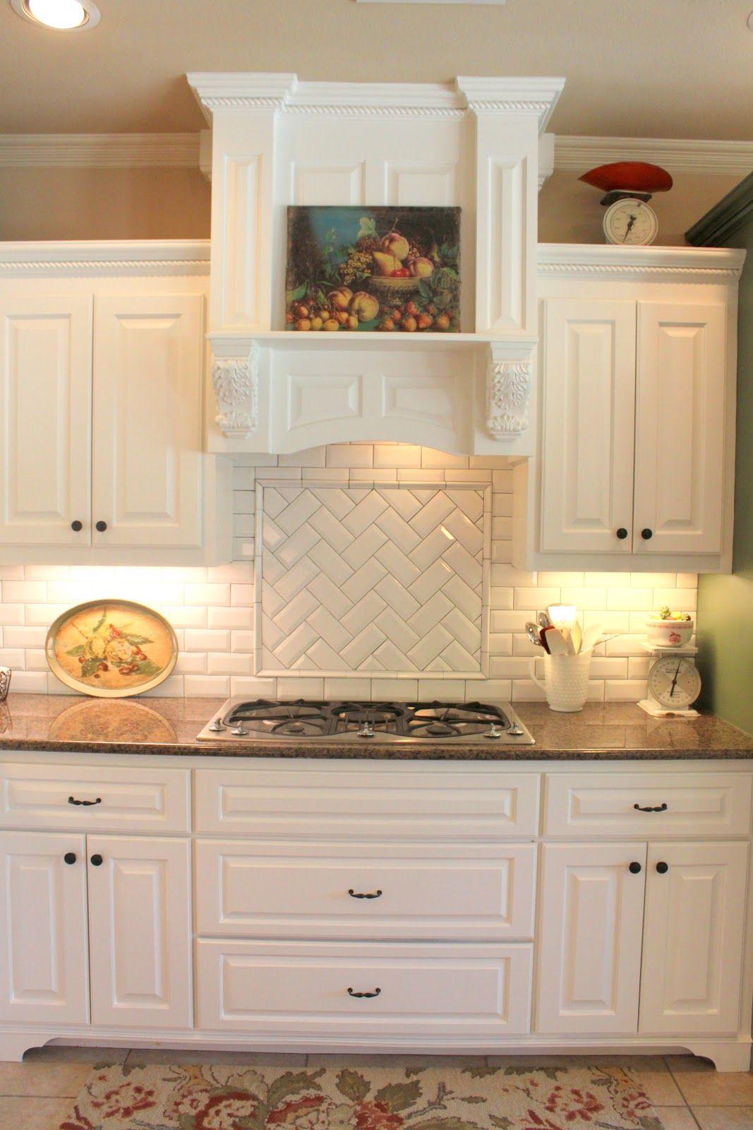 Backsplash idea above stove | Trendy kitchen backsplash ...