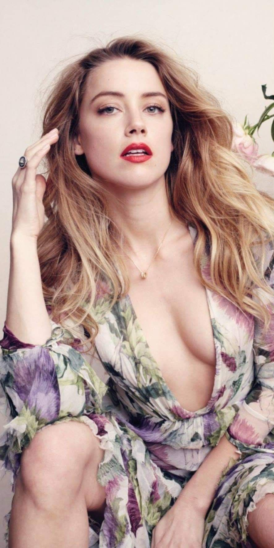Amber Heard Nue pinterest