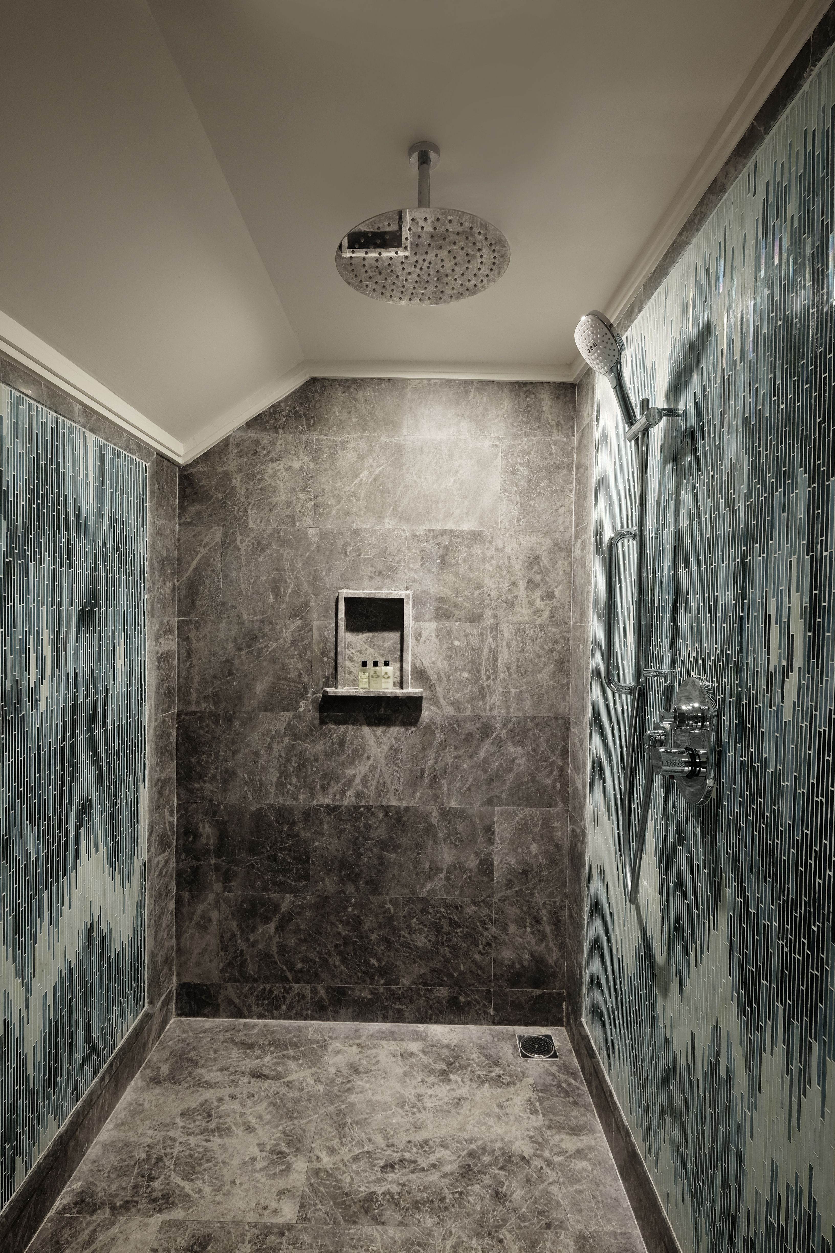 Great Shower Wall Design In Bali Hansgrohe Showers Are Impressive In The Bathroom Click And Explore The Product Hansgrohe Contemporary Shower Bathroom Design