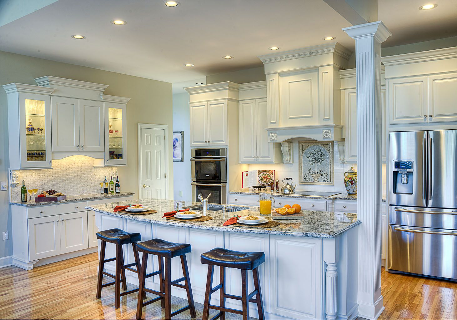 Kitchen Island Ideas With Support Posts after: removing one of the columns opened up the kitchen to new