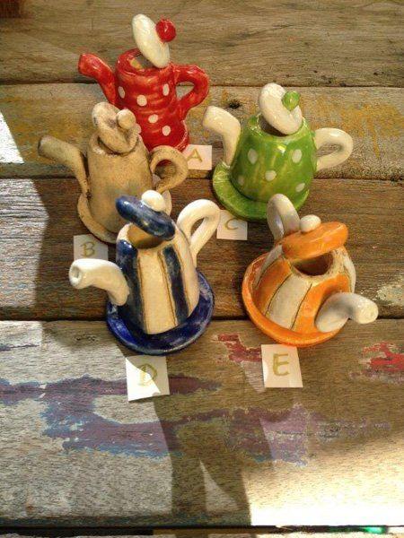 Keramik - handgemachte Räucherkännchen und Räucherhäuser