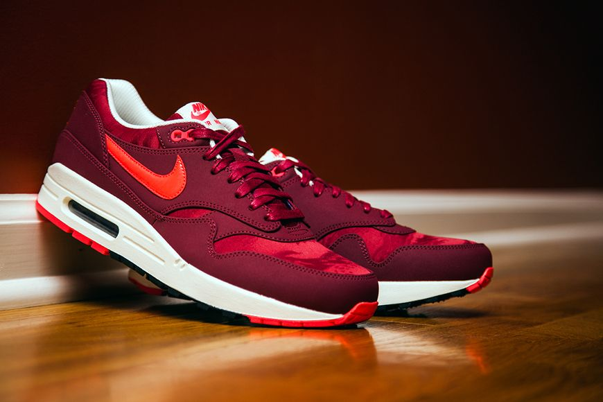 new arrival 5f7ca 01097 Nike Air Max 1 Premium - Team Red - Atomic Red Camouflage   NikeAirMax1.com
