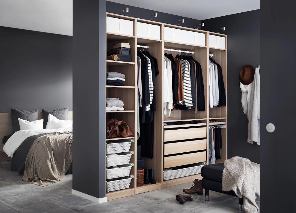 Pax Kleiderschrank In Schlafzimmer Integrieren In 2020 Schlafzimmer Aufbewahrung Ikea Schlafzimmer Lagerung Raumteiler
