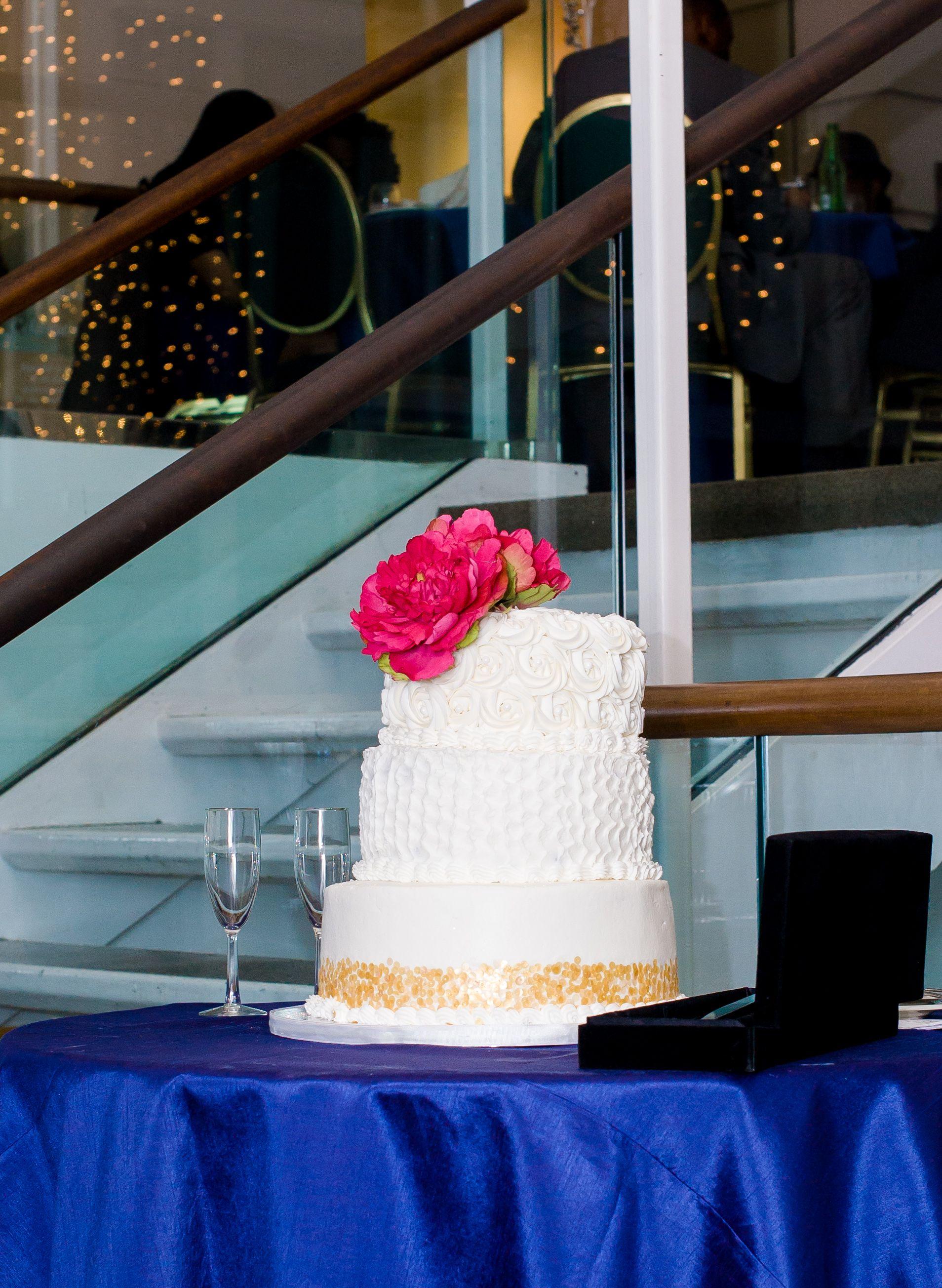 Wedding Cake Winter Weddings Durham Raleigh Chapel Hill North