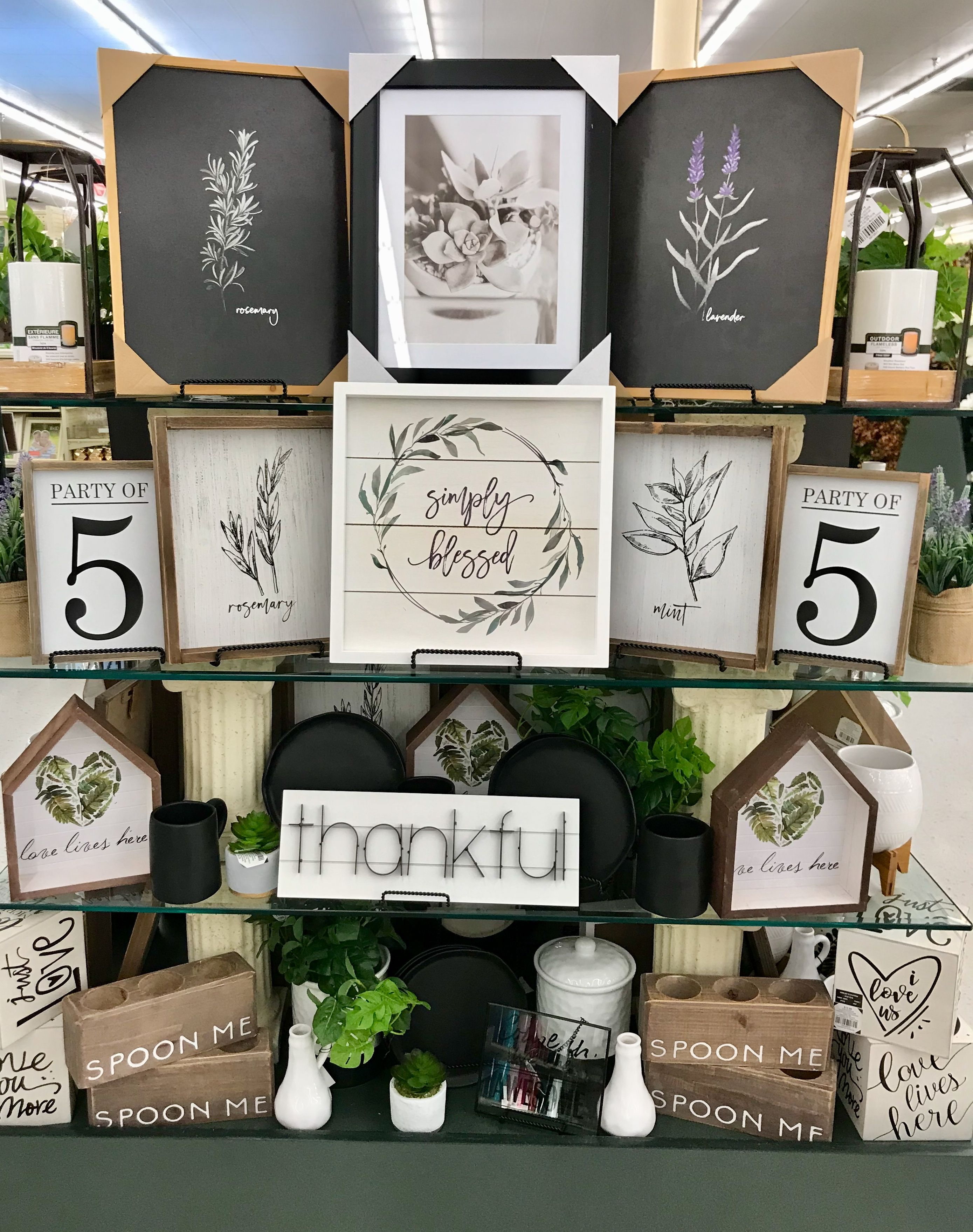 Hobby lobby merchandising table displays work (With images