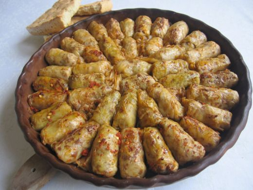 Sarma me lakra turshi albanian recipes food and for Albanian cuisine