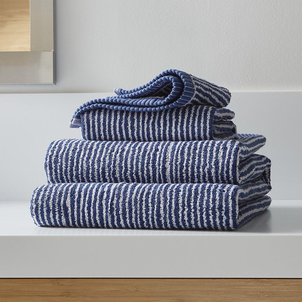 Iltatowelgroupmdrnrightshs16 Blue Towels Striped Bath Towels