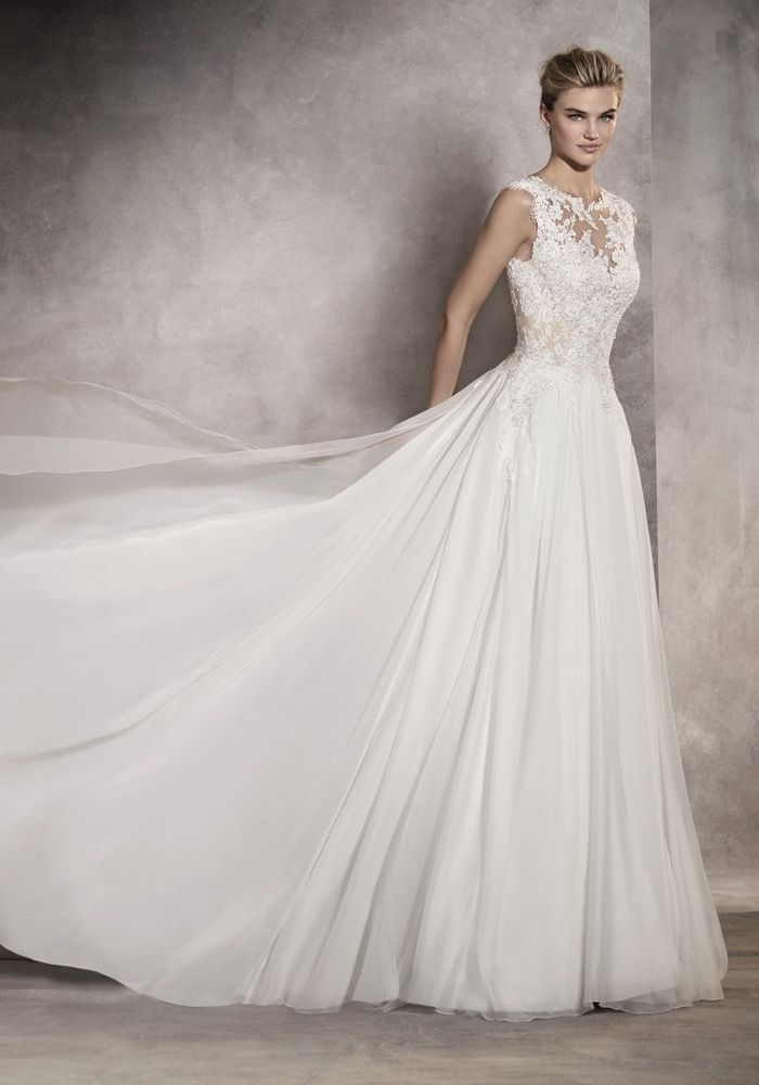 Ovias 2017 A Boat Neck Wedding Dress In Line Silhouette With Delicate Lace
