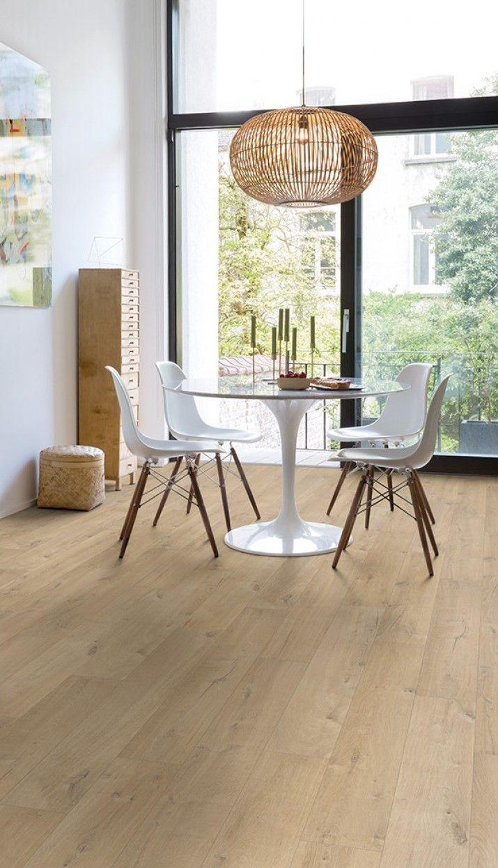 parquet stratifi salle de bains imitation bois naturel. Black Bedroom Furniture Sets. Home Design Ideas