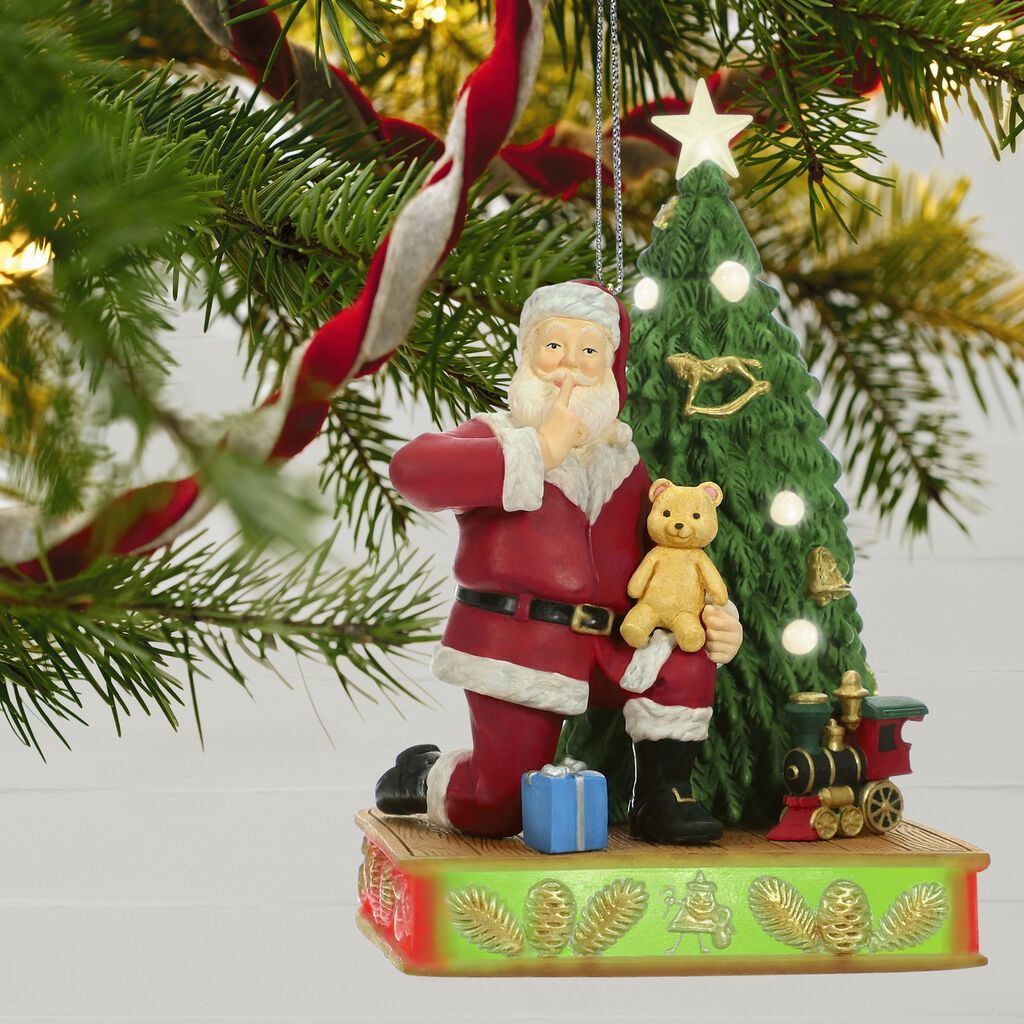 Enter For A Chance To Win A Full Set Of Hallmark Keepsake Ornaments Including O Christmas Tr Hallmark Ornaments Keepsake Ornaments Christmas Tree Decorations