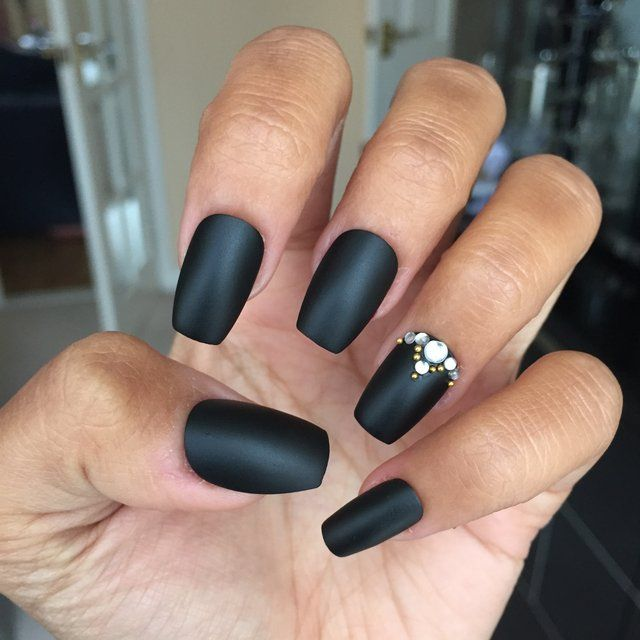 short coffin shaped nails - Google Search | Short coffin ...