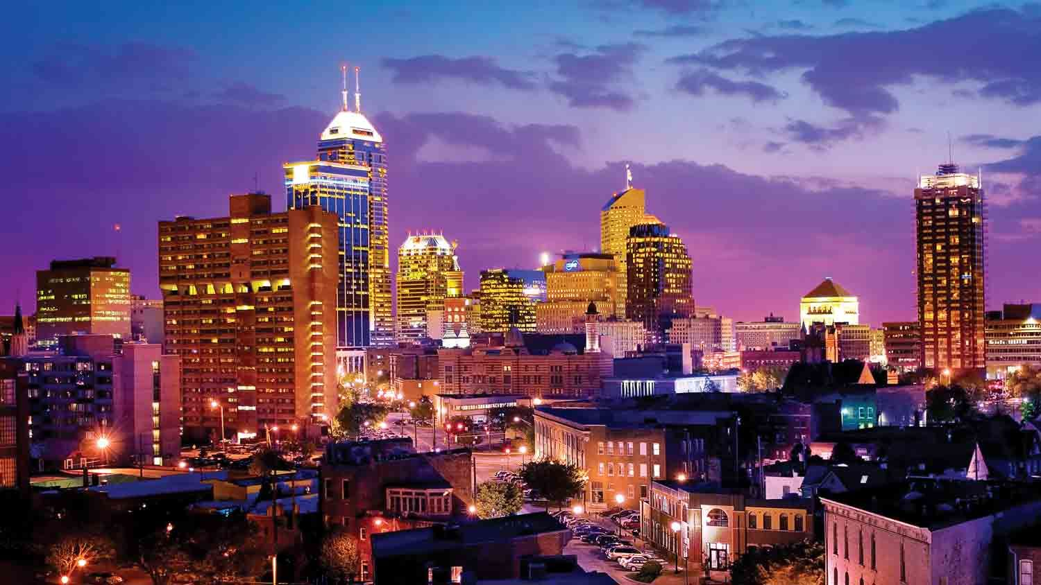 Downtown Indianapolis skyline... breathtaking | Indianapolis ...
