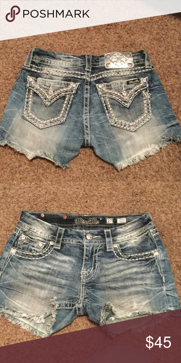 Miss me denim shorts Worn two time size 27 perfect condition Miss Me Shorts Jean Shorts