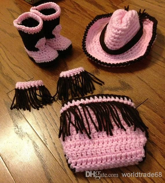 16 Beautiful Handmade Baby Gift Sets with Free Crochet Patterns ...