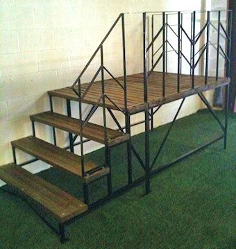 Sturdy Mobile Home Stairs. Perfect For Small Driveways