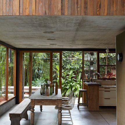 Une maison faite de béton et de bois en Argentine Le style, La - Decoration Salle Salon Maison