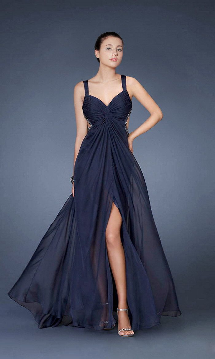 lLove this navy colored gown! | Wedding Dresses | Pinterest | Navy ...