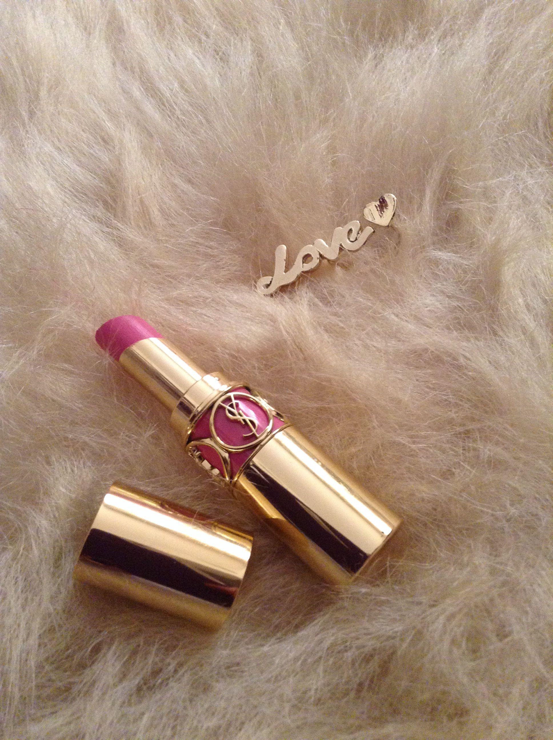 Ysl rouge volupte pink lipstick creamy lips winter luxury