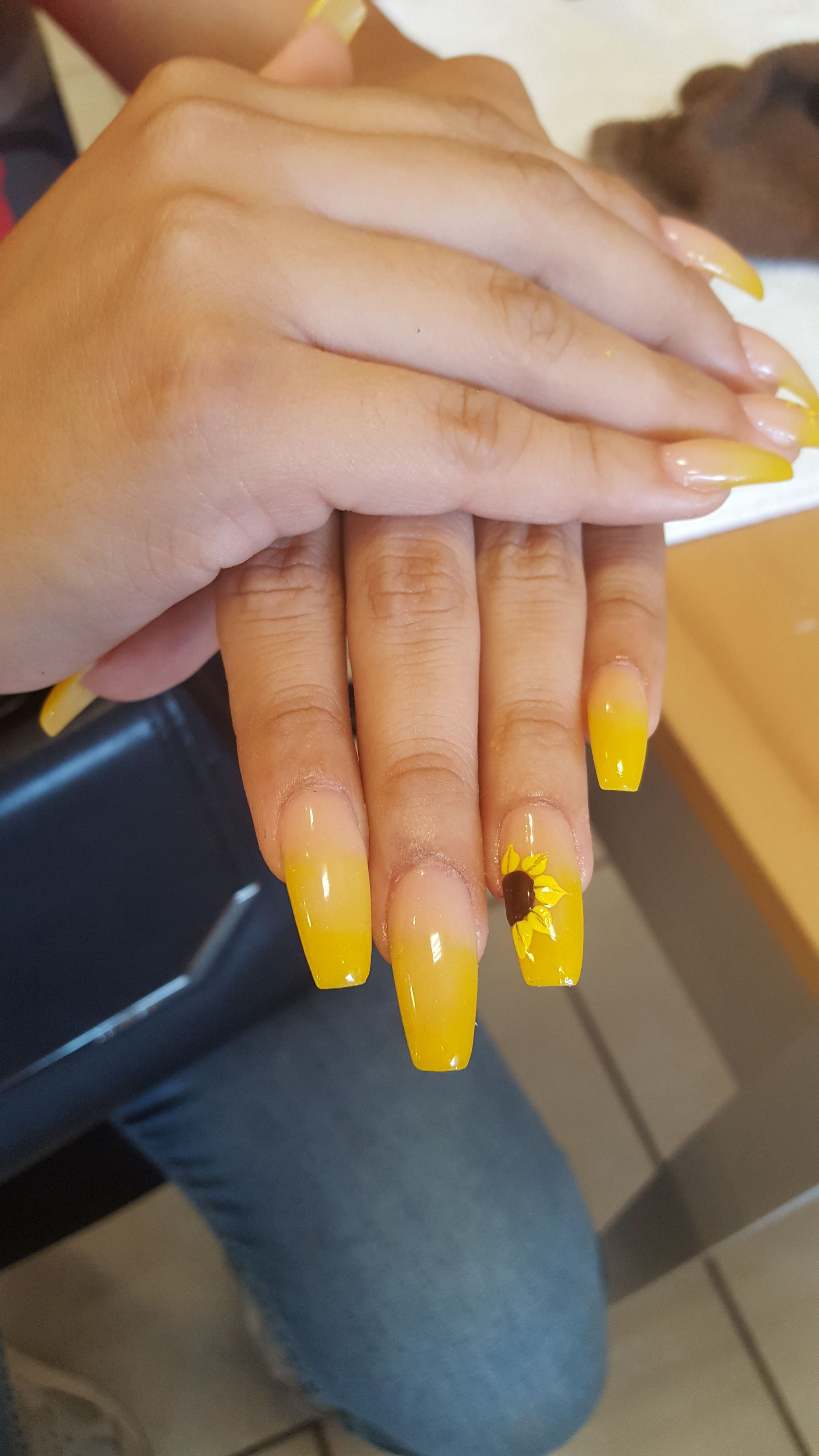 Coffin Shape Yellow Natural Ombre Acrylic Set With Sunflower Hand