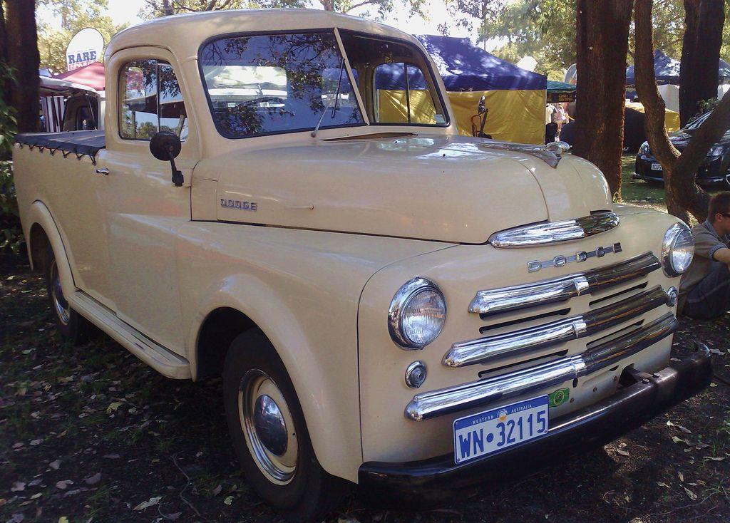 Dodge Fargo Pickup Vintage Trucks Old Dodge Trucks Classic