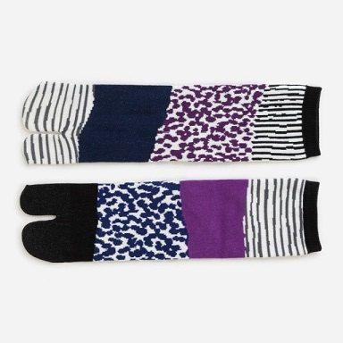 Chaussettes Tabi / / / SERGE / / / Chaussettes tabi japonais / Split-toe de chaussettes, avoir un espace séparé pour le gros orteil. Il serait bon pour les tongs ou pantoufles Zori !   Convient pour 23cm - 26cm / 5 1/2 ~ 8 Mesures environ à partir du talon vers le haut; 16cm 6,3   Made in Japan