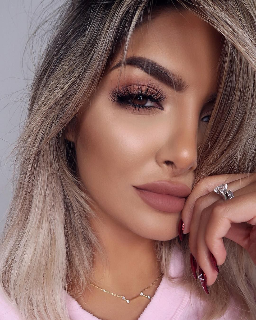 Lipstick- Mac cosmetics #ad #makeup #beauty #lipstick #mac