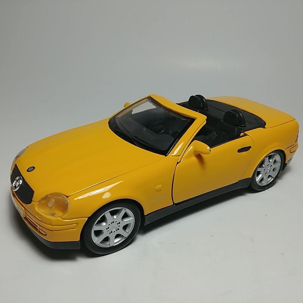 Maisto Yellow MercedesBenz SLK230 Convertible 124 Scale