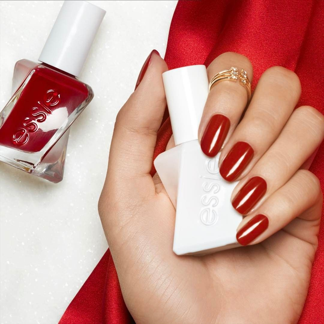 You Can T Go Wrong With A Classic Red Mani Introducing Bubblesonly From Essie Gelcouture Have You Snagged Yours Yet Essielove Obsessie Nagel