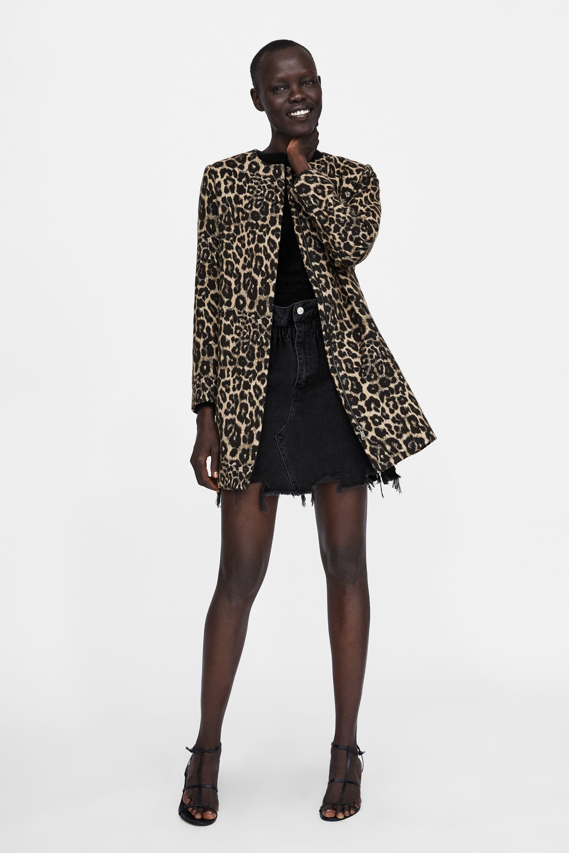 2adde0d210a1 ABRIGO JACQUARD ANIMAL in 2019 | Rawr | Leopard print outfits, Denim ...
