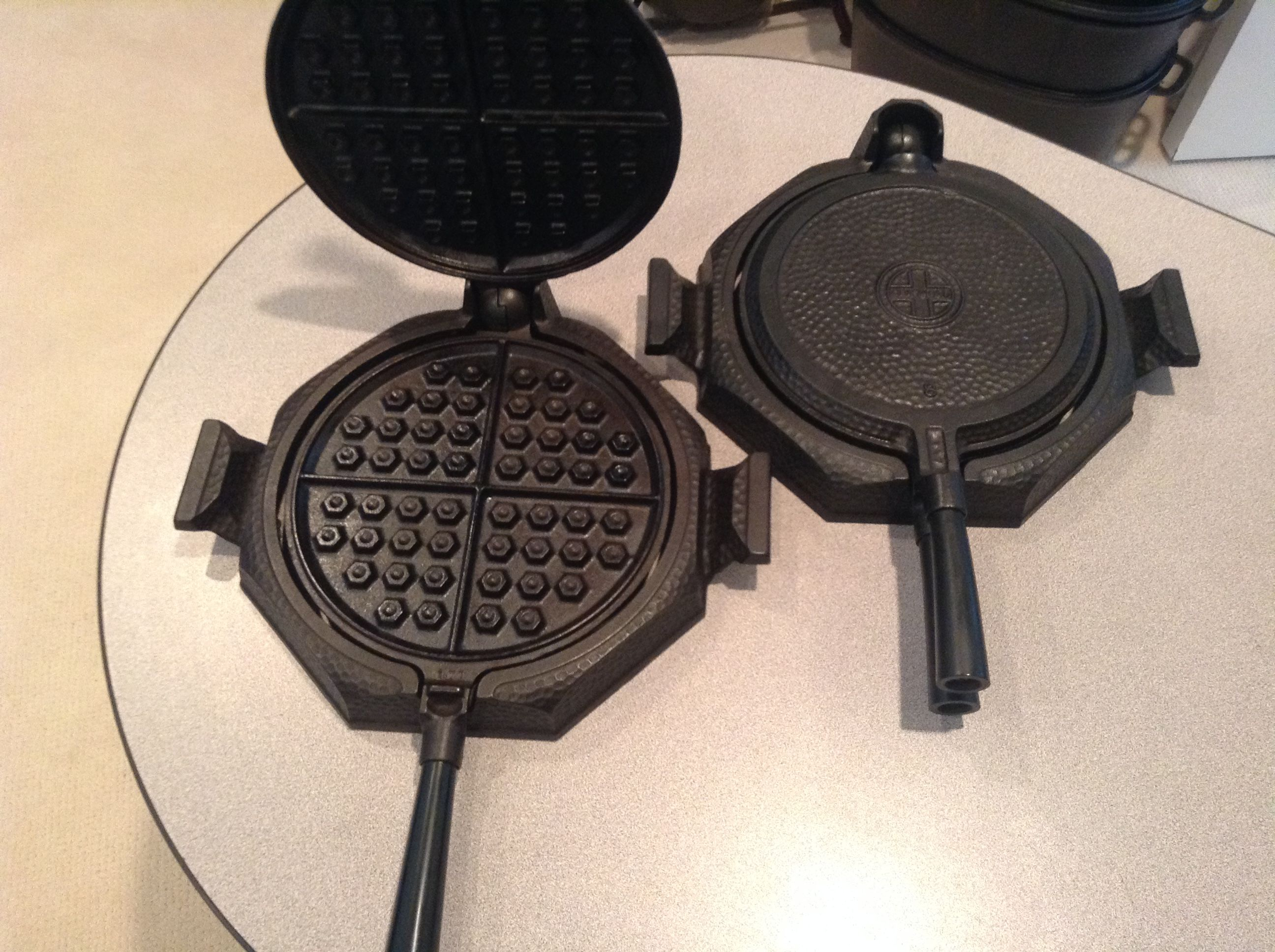 Griswold Hammered Waffle Irons Ball And Socket 8 Vintage Cast Iron Cookware Cast Iron