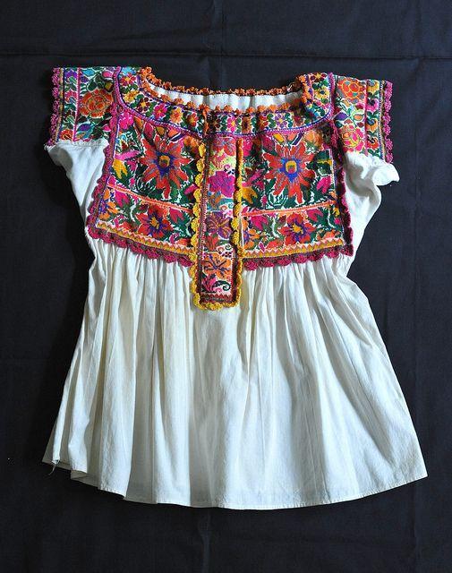 348be74d1 Chatino Blouse Oaxaca | Fashion | Blusa mexicana, Ropa bordada y ...