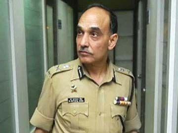 Mumbai Police Commissioner Satyapal Singh Resigns For World Peace May Join Politics Resignation Police Mumbai