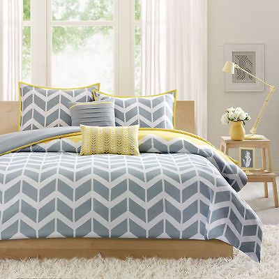 New  Duvet Cover Set Full / Queen Chevron Stripe Gray White Bedroom Bedding
