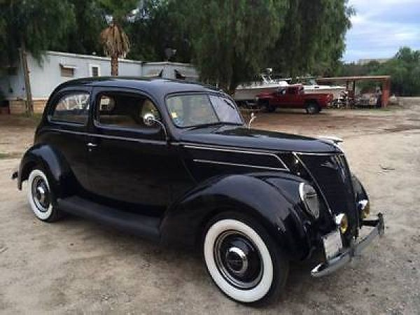 1937 Ford Model 85 2 Door Sedan Ford Classic Cars Ford Convertible Car Ford