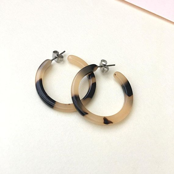 Ash Blonde Small Tortoise Earrings, Tortoise Shell Earrings, Tortoise Shell Hoop Earrings, Acetate Earrings, Minimalist Hoop Earrings