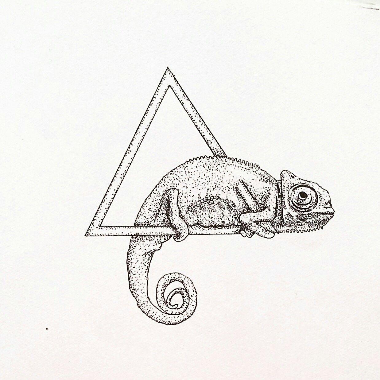 644133923 Dessin Cameleon, Pointillism Tattoo, Karma Chameleon, Future Tattoos,  Tattoos For Guys,