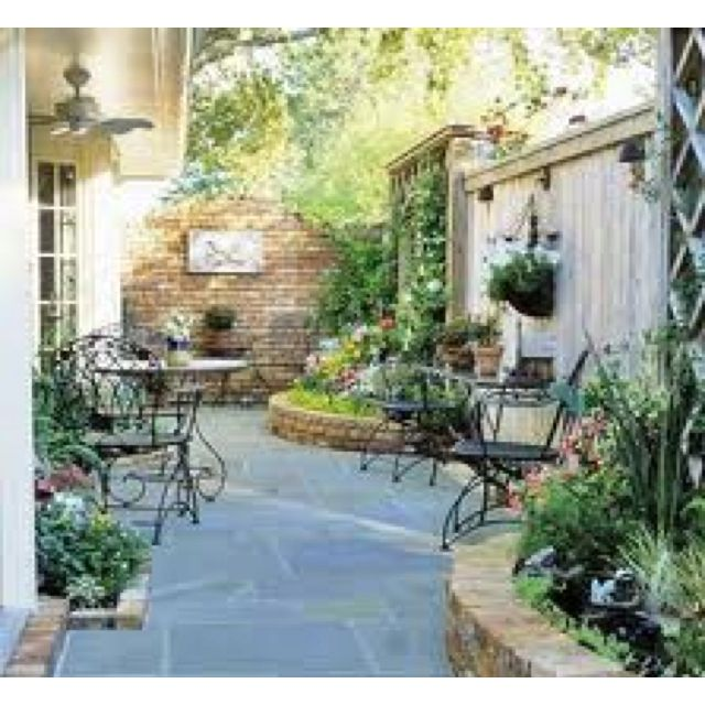 Side And Backyard Idea: Side Yard Ideas For If And When We Do A Privacy Fence
