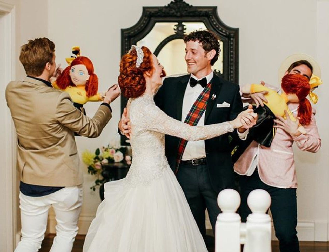 Emma Lachy Slow Dancing While The Other People Slow Dancing With The Emma Dolls Wedding Wedding News Mermaid Wedding Dress