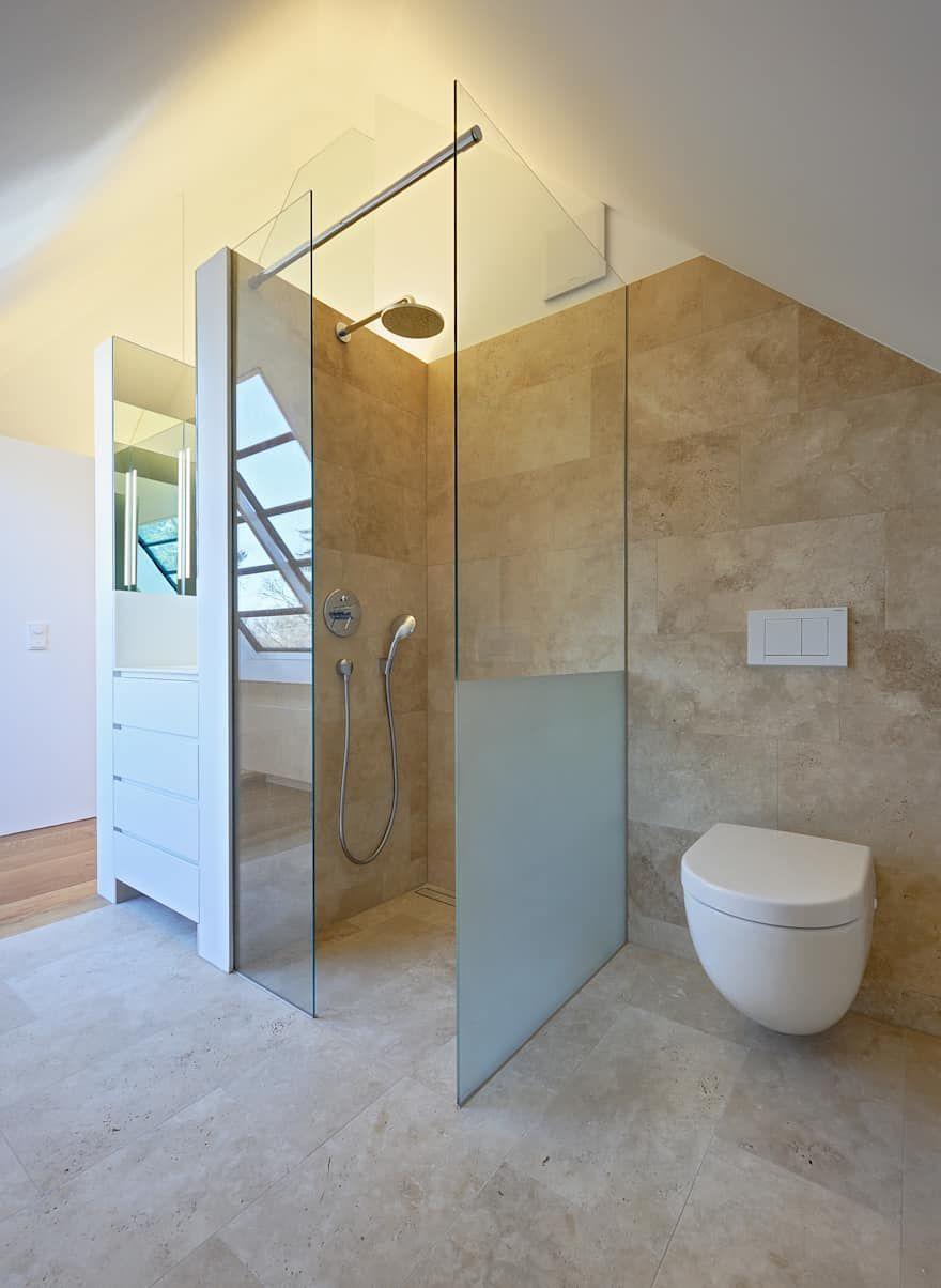 Badezimmer Ideen Design Und Bilder Homify Badezimmer Dachausbau Sanierung