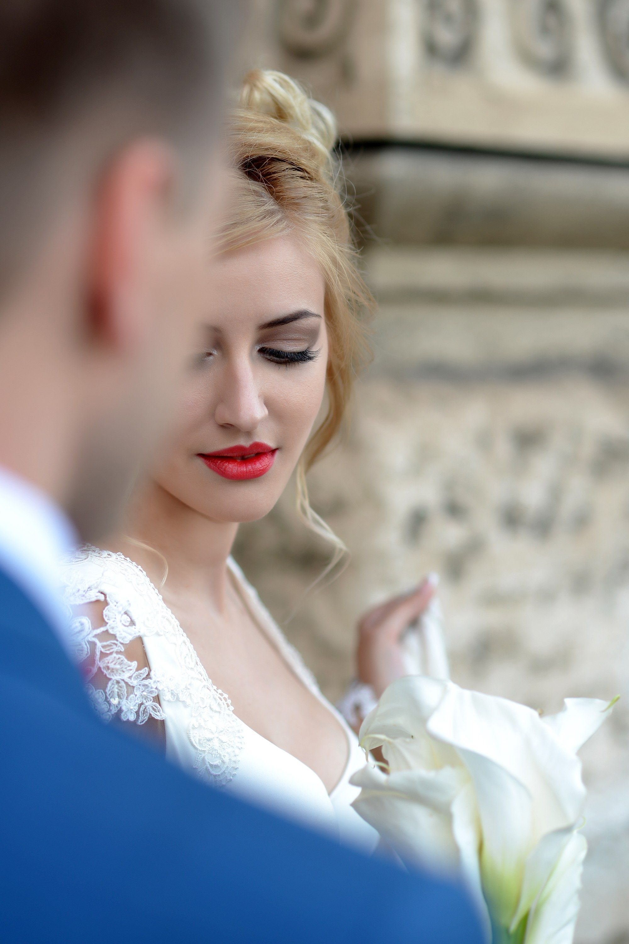 How to Pull Off Bold Lipstick Color On Your Wedding Day | Brides.com