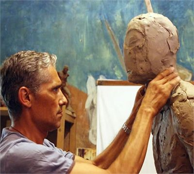 """Bruno Catalano is a French artist born in 1960 in Morocco. He is the creator of eye-catching bronze sculptures called """"Les Voyageurs"""" or """"The Travelers"""" in Marseilles, France."""