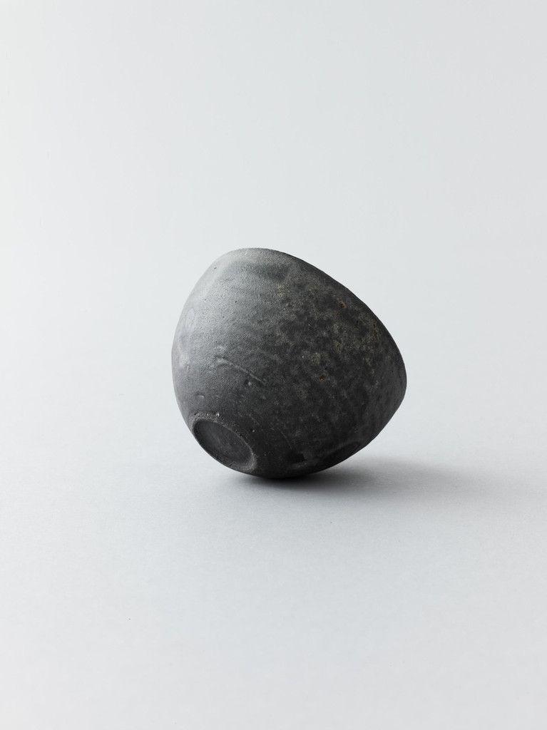 Kan Ito 伊藤環 – Black Bowl
