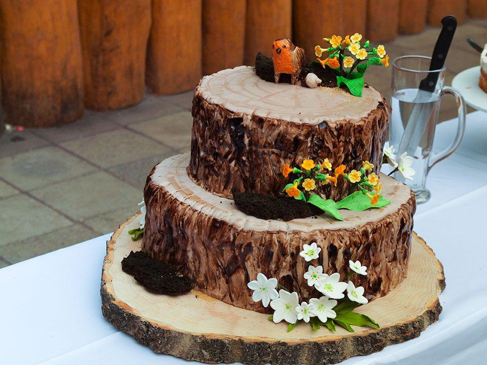 baumstamm torte hochzeitstorte  tree stump wedding cake